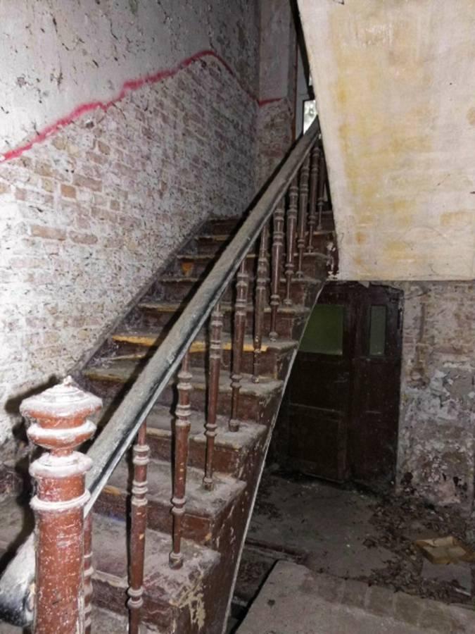 LuStr Treppenaufgang vorher